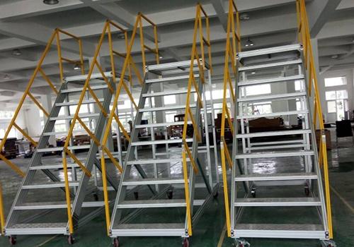铝型材楼梯平台